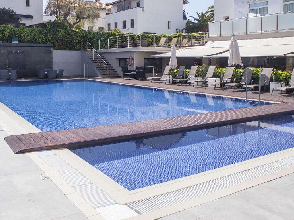 Séjour Espagne - Séjour romantique à proximité de la plage de Sitges avec bouteille de Cava et chocolats  - 4*