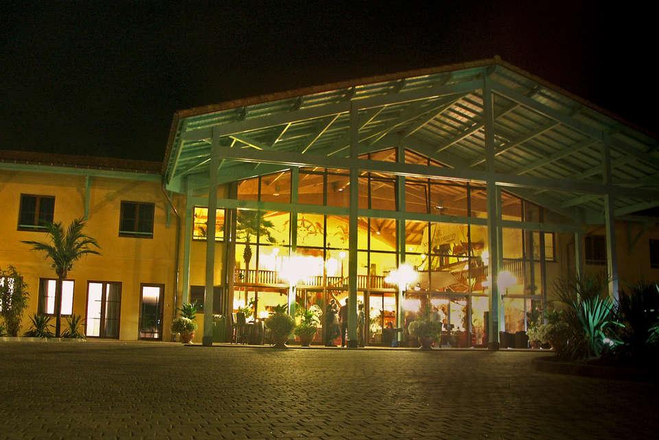Hôtel des Pirates - hotel_de_nuit.jpg