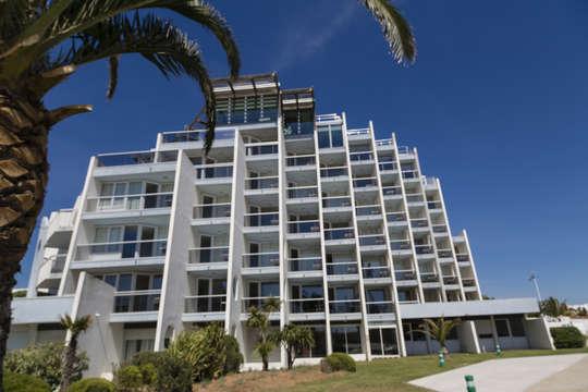Hotel les bains de Camargue Spa by Thalazur - portcamargue-facade-