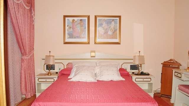 Hotel Reina Victoria Hellin