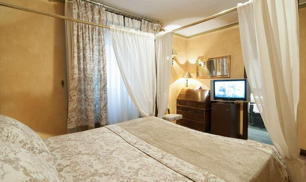 Hotel M.A. Princesa Ana  - Cama_Jr.jpg