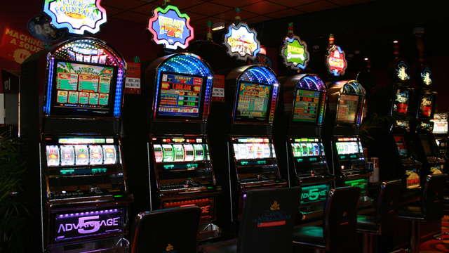 Entrée au Casino de Néris Les Bains pour 2 adultes