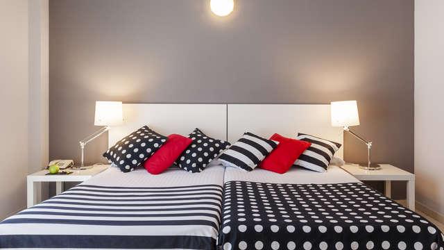 2 noches en habitación doble estándar para 2 adultos
