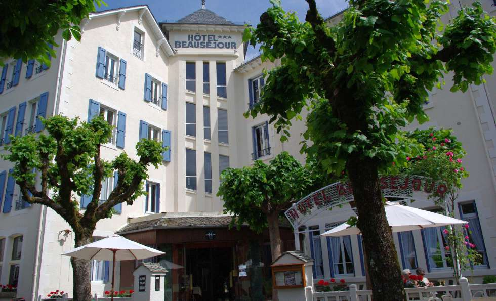Hôtel Beauséjour - 1393411044-facade2010.JPG