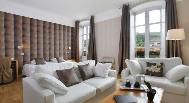 QUALYS-HOTEL Aurillac Grand Hotel Saint-Pierre -