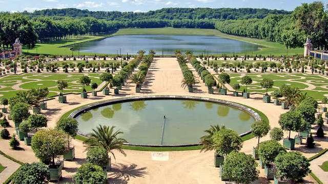"""Visita al Castillo de Versalles con """"Grandes Eaux Musicales"""" (Pass 1 día) para 2 adultos"""