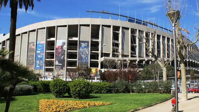 Entrada para el estadio Camp Nou para 2 adultos