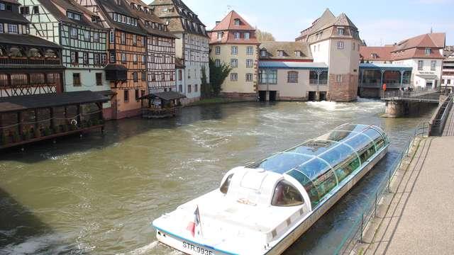 Balade en Bâteau-Mouche à Strasbourg pour 2 adultes