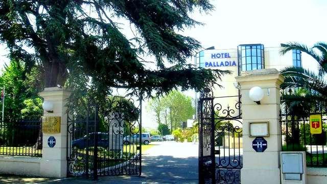 Hotel Palladia - entree picasa