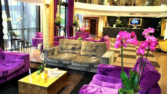Hotel Palladia - RECEPTION picasa