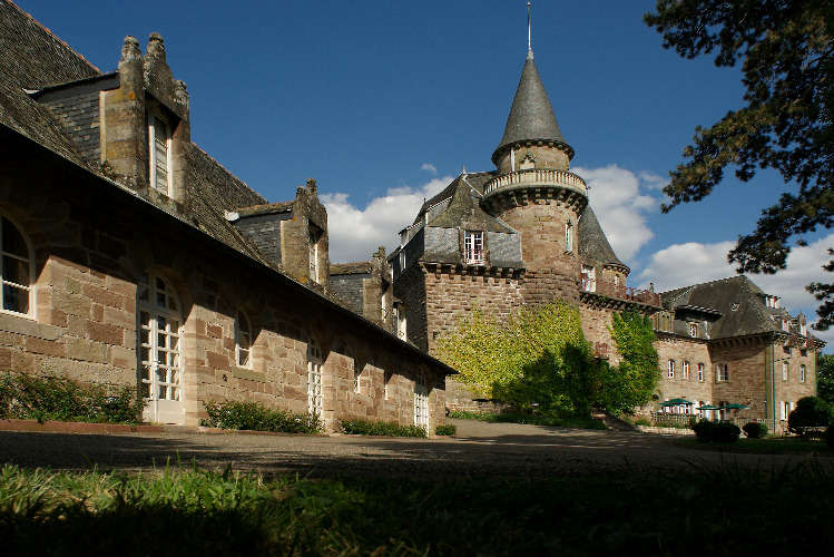 Le Château de Castel Novel - 5314637443f16-tablet-castel-novel--002.jpg