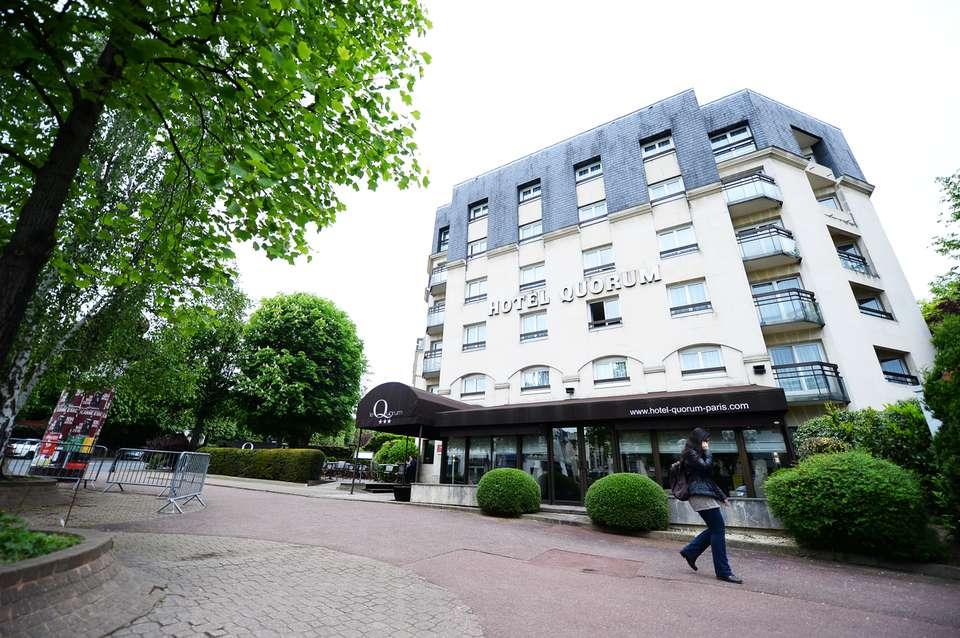 Hôtel Quorum - Facade.png