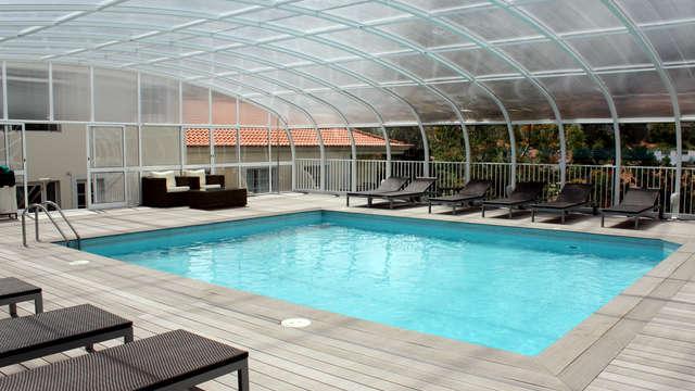 acceso a la piscina interior y piscina exterior para 2 adultos (día 1 y día 2)