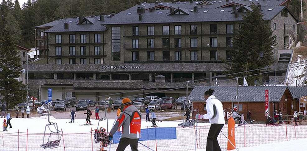 Hotel hg la molina 4 la molina espagne for Reservation hotel en espagne gratuit