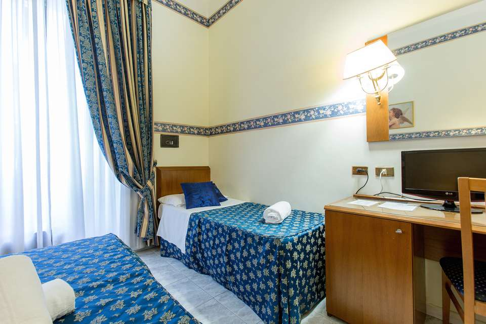 Hotel Gabriella - IMG_8592.jpg