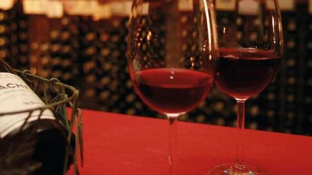 Dégustation de vins pour 2 adultes