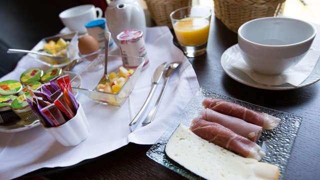 Petit déjeuner Classique (sous forme de buffet) pour 2 adultes