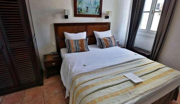 Hotel Maison Saint Louis Vieux Port - hotel saint louis chambre double