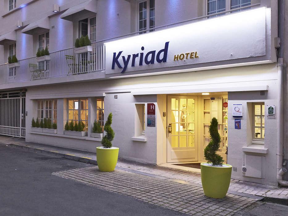 Hôtel Kyriad Saumur - Exterieur.jpg
