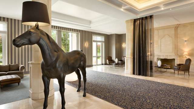 Mercure Chantilly Resort Conventions - Dolce Chantilly - Lobby - Front Desk -