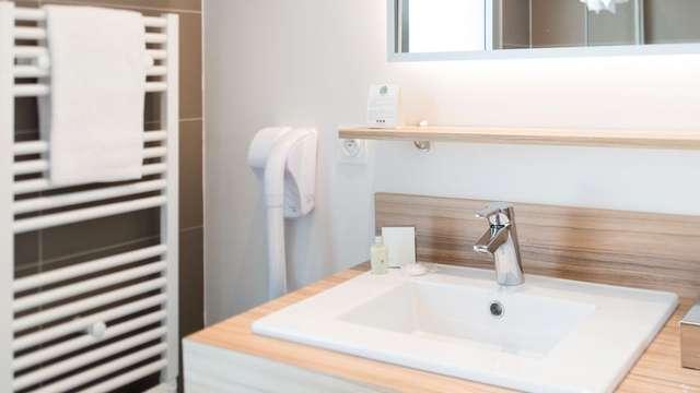 Quality Suites Lyon Lodge - Sdb miroir