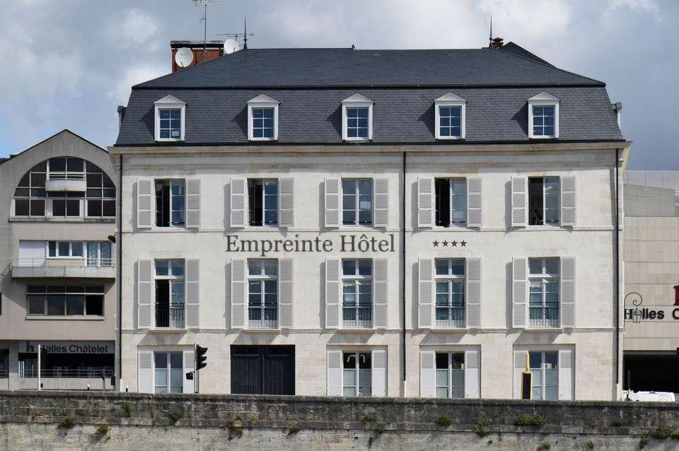 Empreinte Hôtel - front-empreinte.jpg