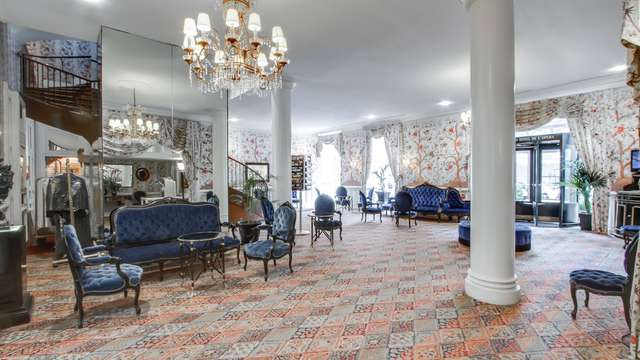 Grand Hotel de L Opera - grand-hotel-de-l-opera- -lobby- - ChateauxetHotelsCollection