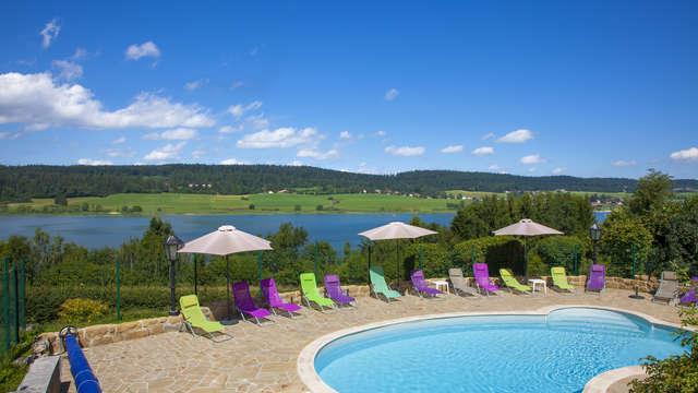 Hotel Le Lac - Piscine du complexe hotelier Le Lac Pat Sch
