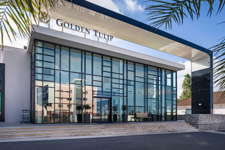 Golden Tulip Marseille Airport - front.jpg