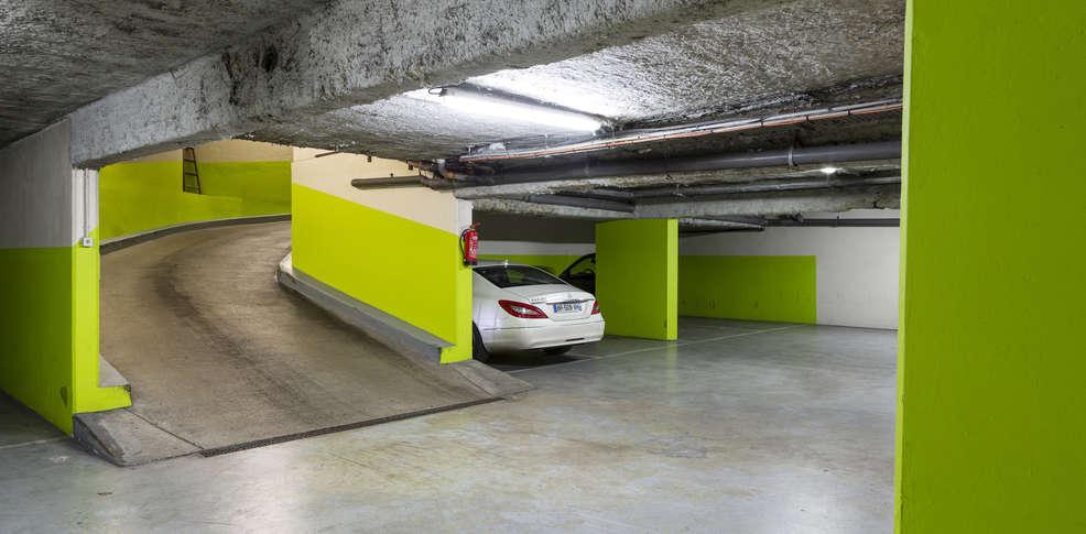Week end en ville paris avec plateau de bienvenue partir for Garage costa marseille