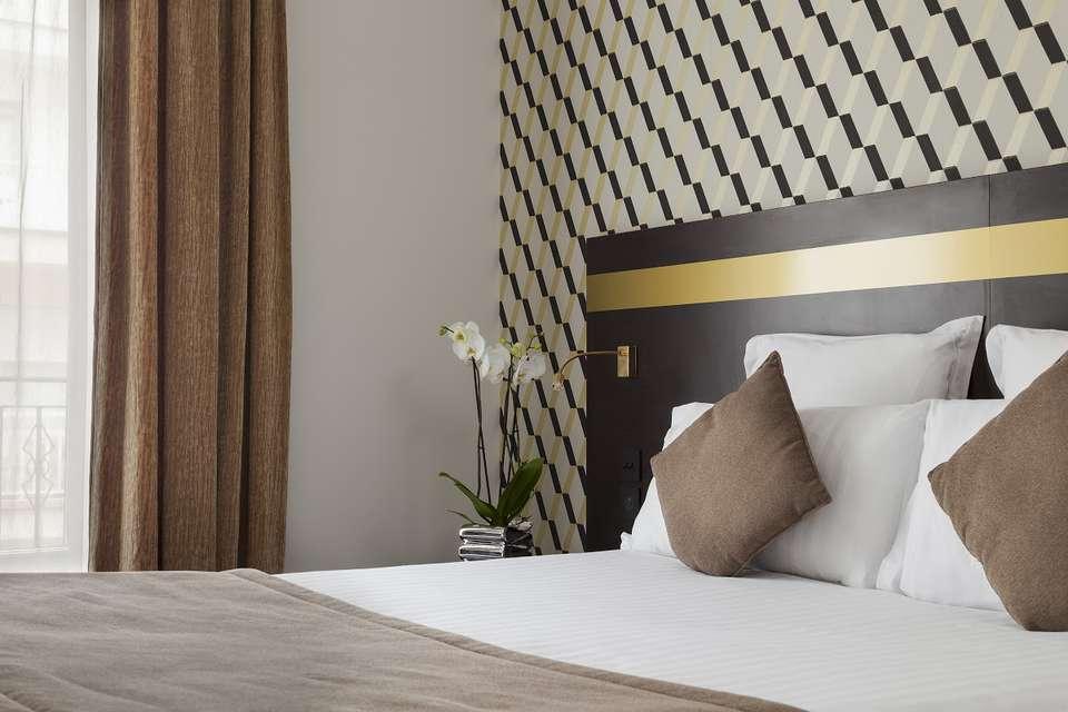 La Malmaison Nice Boutique Hotel - CHAMBRE_SUPERIEURE_DOUBLE-2.jpg