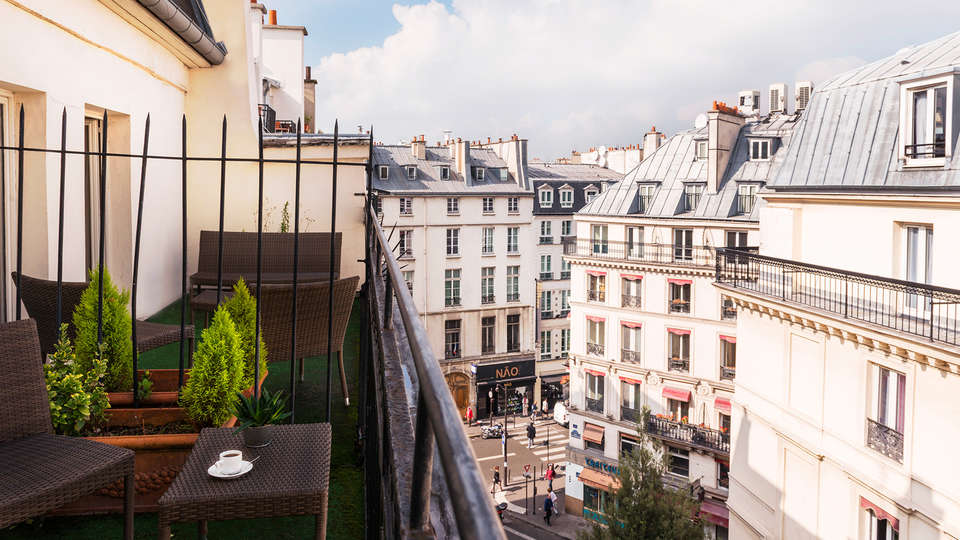 Hotel Axel Opera by HappyCulture - rtq_view-from-hotel.jpg