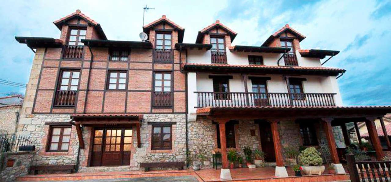 Posada La Cabaña de Salmón - rtq_649971_1024_561_FSImage_1_FACHADA.jpg