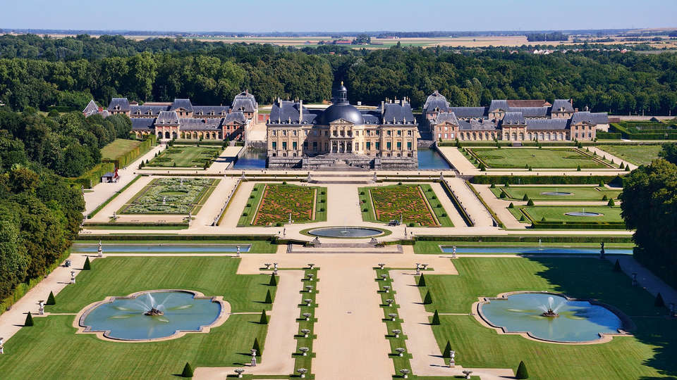 Hostellerie du Country Club - Vaux-le-Vicomte__3_.jpg