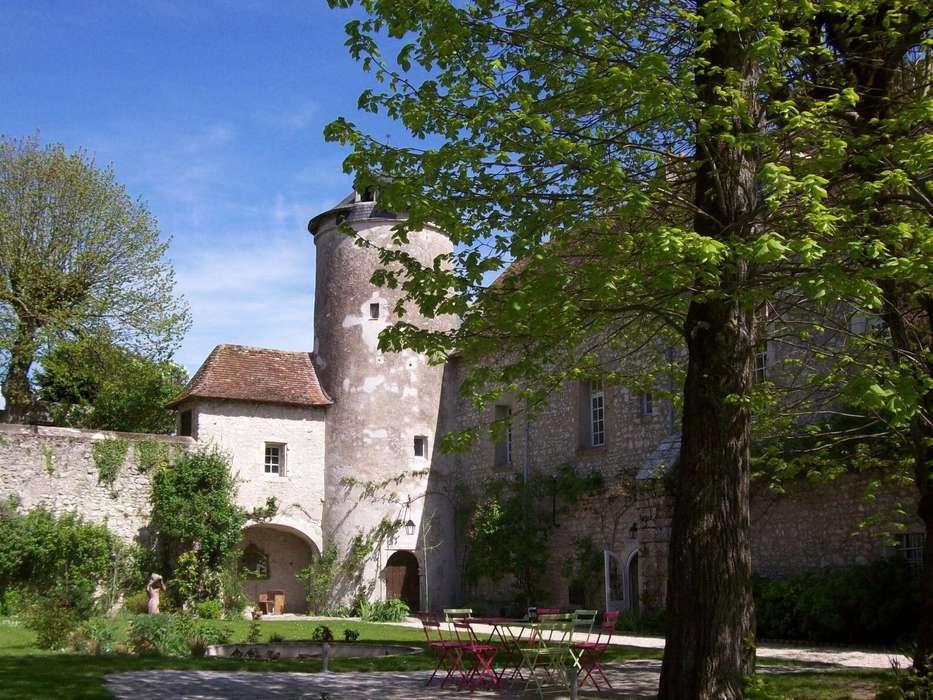 Le Relais Louis XI - hotel-le-relais-louis-xi-facade-meung-sur-loire-493793.jpg
