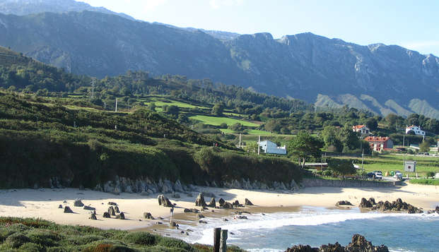 Enamórate de la costa asturiana y brinda con sidra