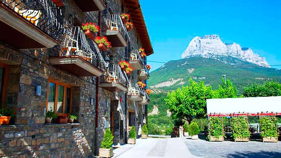Hotel Restaurante Revestido - rtq_648957_1024_768_FSImage_1_img_2.jpg