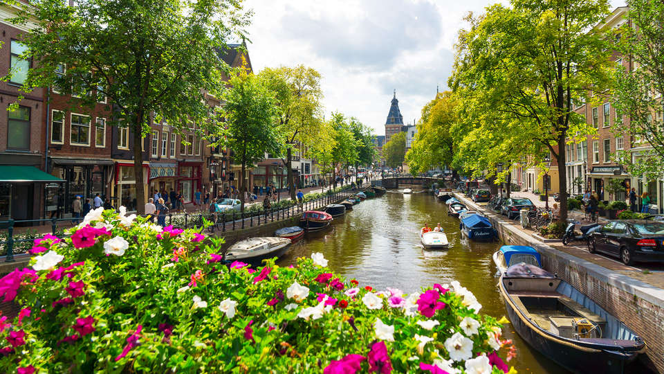 Jaz Amsterdam - rtq_Fotolia_73263753_Subscription_XL.jpg