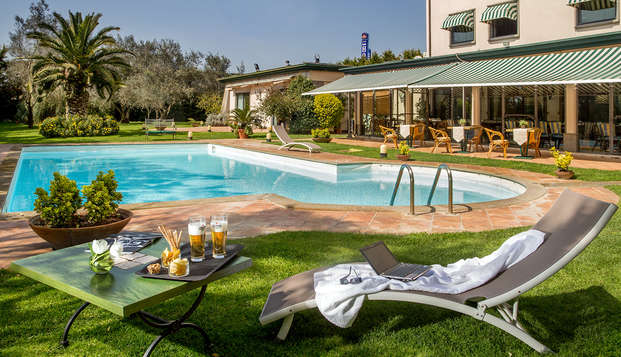 Weekend di relax nei pressi di Roma con bottiglia di spumante inclusa