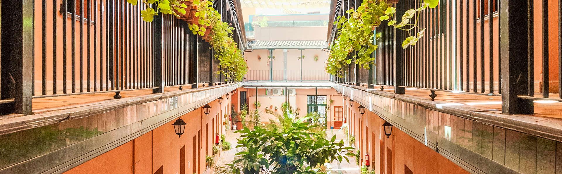 Corral de los Chícharos - EDIT_Patio-interior.jpg