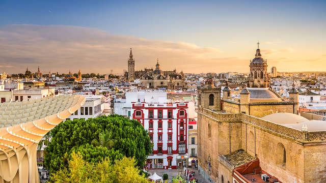 Escápate en el centro de Sevilla en un aparthotel con desayuno incluido