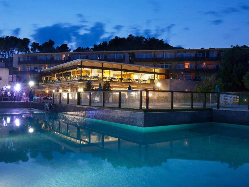 Séjour Espagne - Profitez de la Costa Brava dans un appartement bien équipé avec 2 séjours enfants gratuits  - 3*