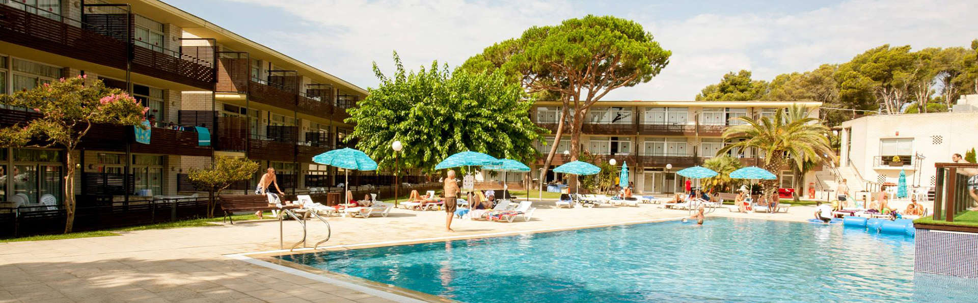 Aparthotel Comtat Sant Jordi - EDIT_pool3.jpg