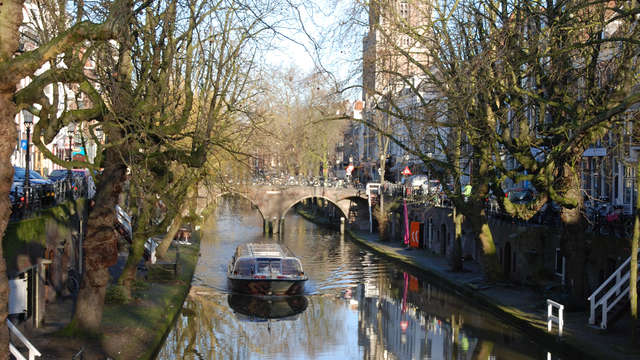 Découvrez du centre-ville d'Utrecht sur l'eau !