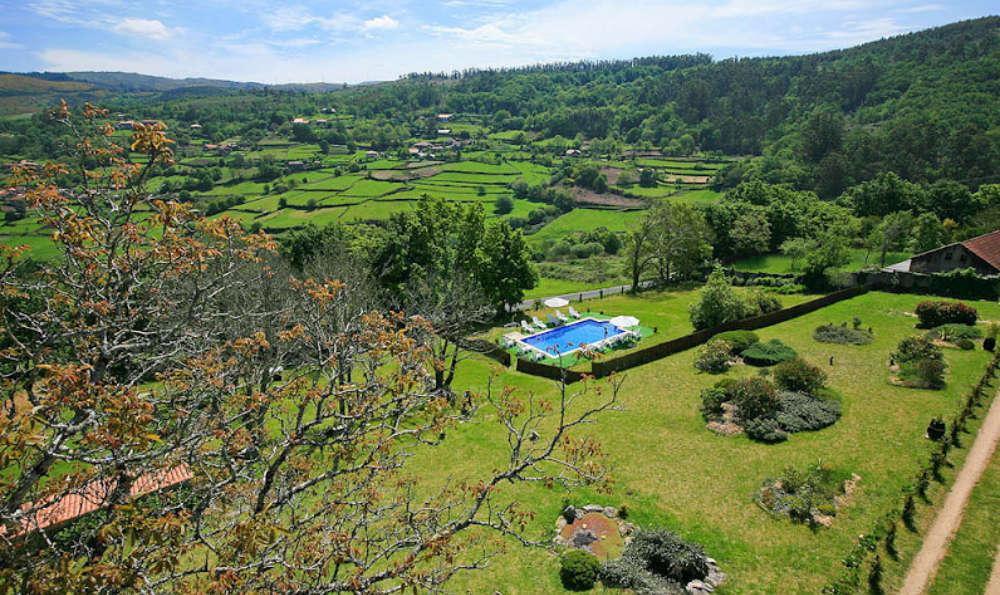 Week-end romantique à 20 km du bord de mer de Galice (à partir de 2 nuits)