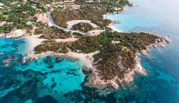 Lujo inmerso en un paraíso natural de la Costa Esmeralda (desde 3 noches)