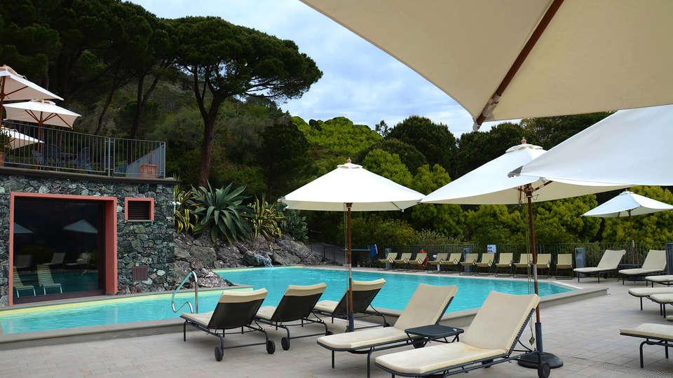 Park Hotel Argento - EDIT_pool.jpg