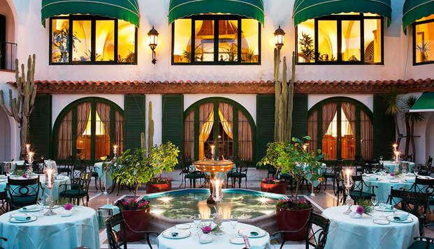 Escapada de lujo a un hotel emblemático de la Costa Brava con una ubicación exclusiva