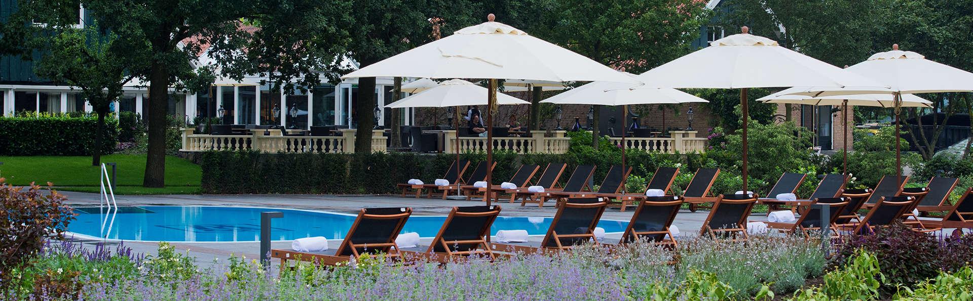Parkhotel de Wiemsel - EDIT_pool_aussen_vom_park_aus_1.jpg