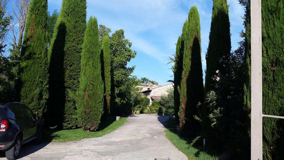Relais della Rovere - EDIT_gardens.jpg